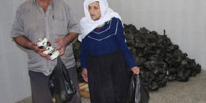 الجمعية الاسلامية توزع حصص لحمة على 400 أسرة فقيرة